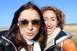 Film Gast Ana Kala Kalacanovic und Amanda Mercedes Gigler für IN PASSING – U prolazu