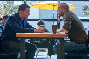 Still LOOKING: THE MOVIE von Andrew Haigh mit Jonathan Groff als Patrick Murray und Russell Tovey als Kevin Matheson